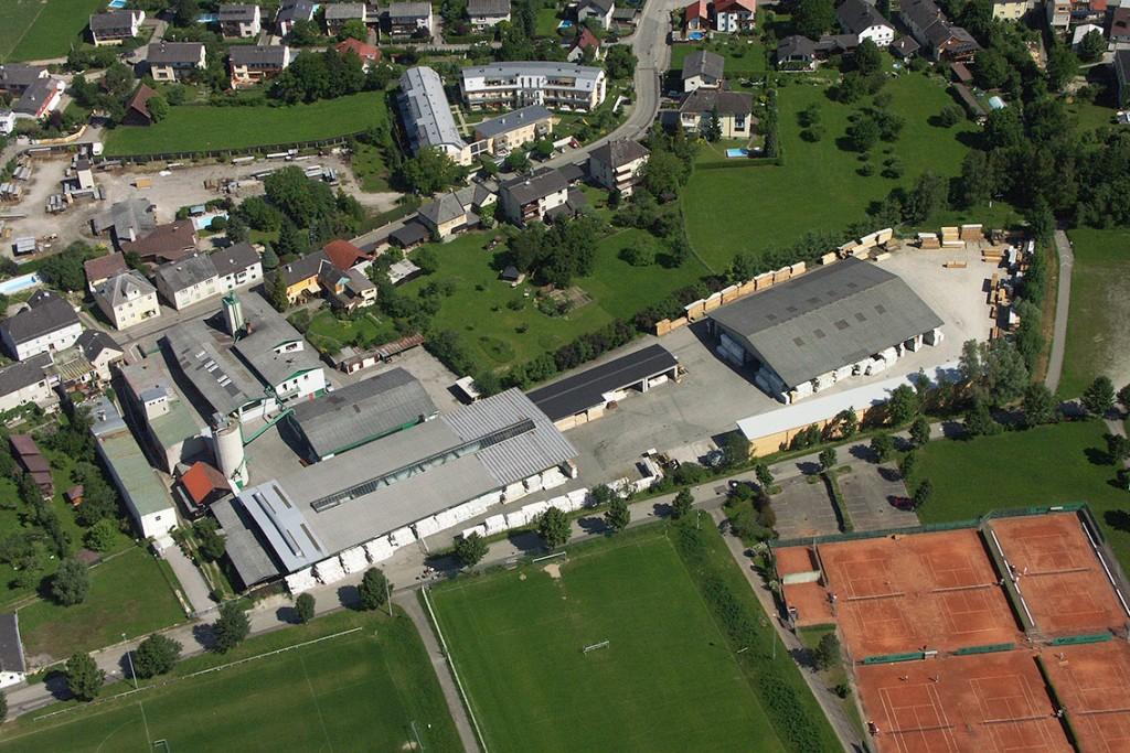 Luftaufnahme der SECA Zentrale in Ottensheim