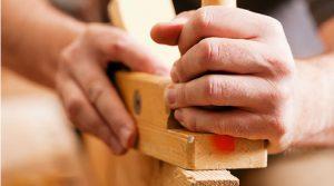 Bearbeitete Oberflächen von Holz