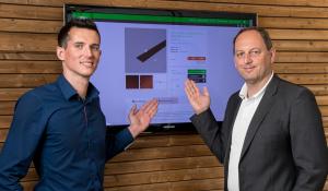 Christian Loidl und Dominik Augustyn präsentieren den OnlineShop