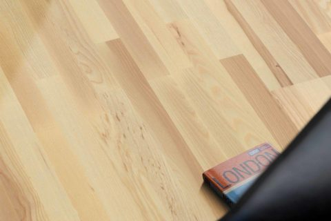 Esche 3-Stab Parkett 11.5mm (geschliffen/lackiert) - 1